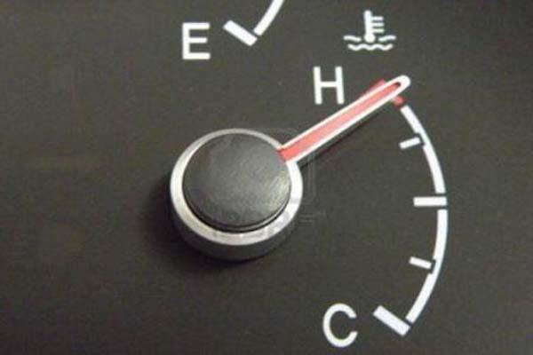 بعض مسببات حرارة السيارة و علاج بعضها
