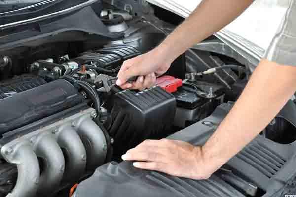 الأسباب التي تؤدي إلى إطفاء محرك السيارة
